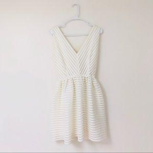 White double V mini dress
